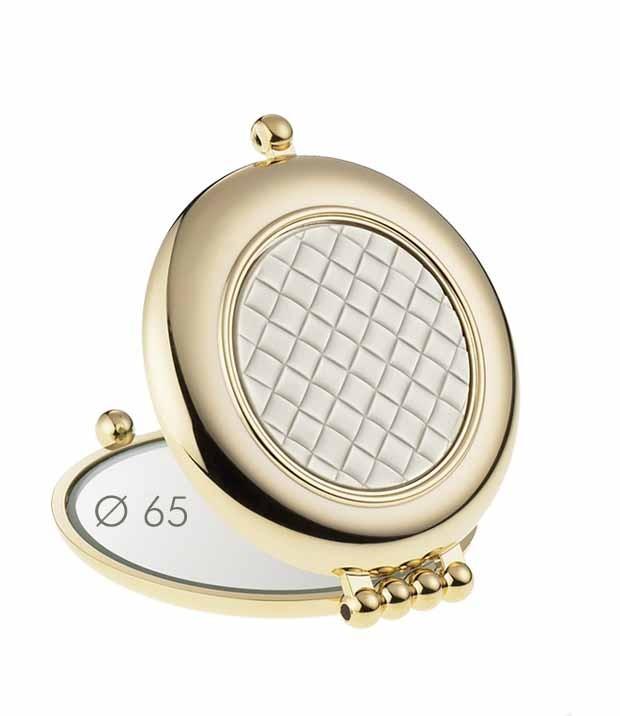 Vreckové kozmetické zrkadielko je nepostrádateľný doplnok každej dámskej  kabelky. Je to každodenný doplnok 157c709cfc8