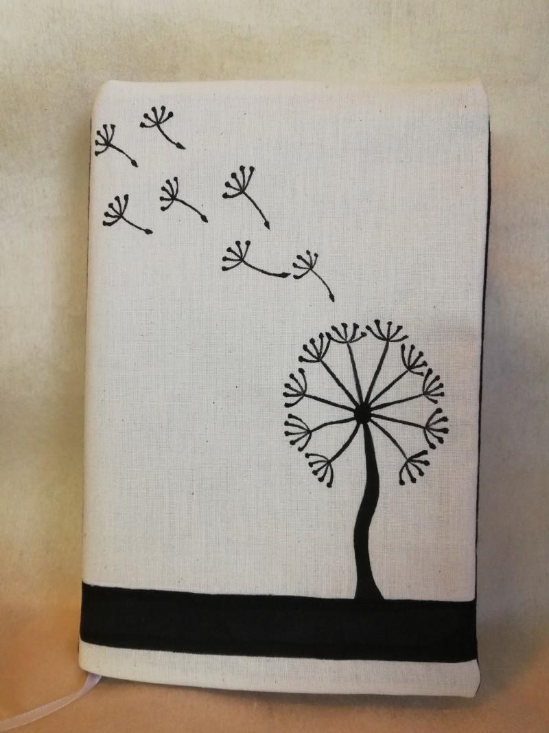 Obal na knihu Púpava Kliknite pre detailný obrázok · Obal na knihu Púpava  ... 41a9860f51