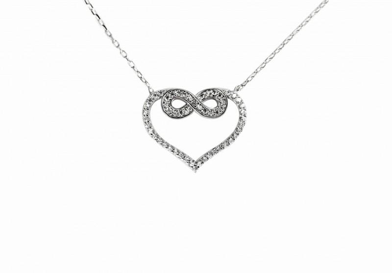 e8379769a Strieborný náhrdelník srdiečko a nekonečno