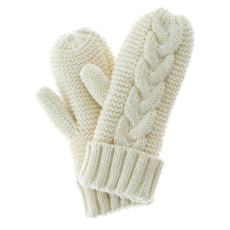 eb9f8f75c34 ... Darčeková sada smotanovo bielej pletené rukavice s krémom na ruky